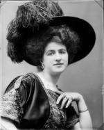 Erminia Bellati, in una foto di scena come Mina D'Orvella