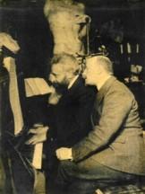 Alberto con Gabriele D'Annunzio nel 1904 (Archivio Alinari)